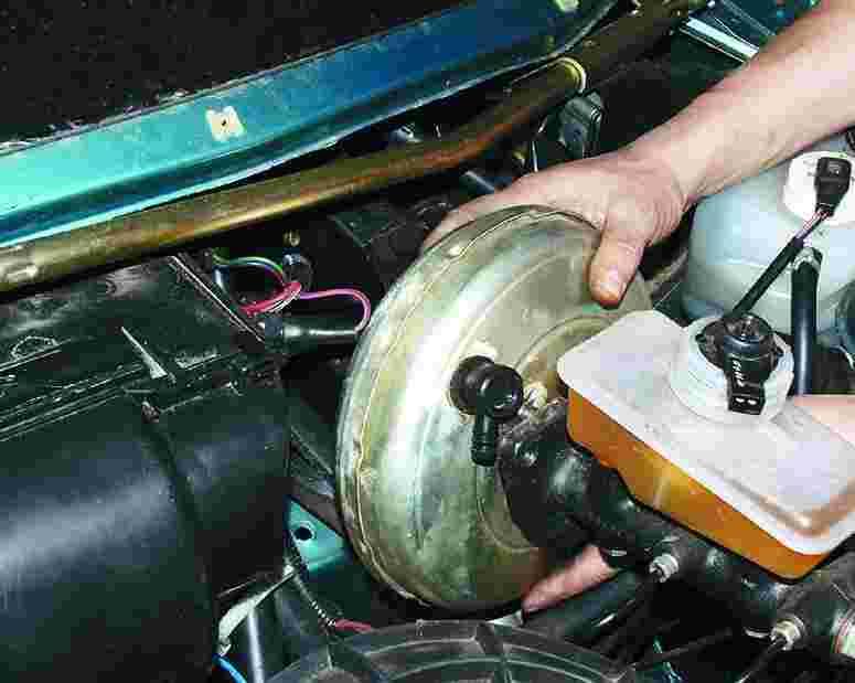 Ваз 2110 замена вакуумного усилителя своими руками