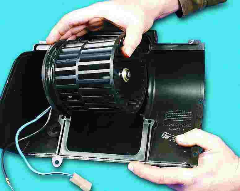 Как поменять вентилятор печки на ваз 2110